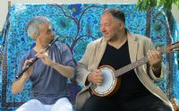 Phil' Hocine (world music). Le vendredi 14 février 2020 à THEIX-NOYALO. Morbihan.  19H30